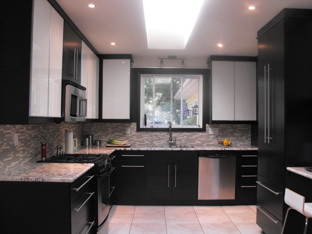 Ikea black kitchen cabinets home furniture design for Black cabinet kitchen designs