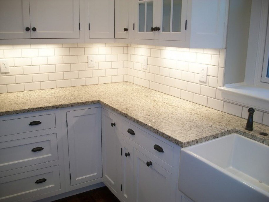 Backsplash ideas for white kitchen cabinets home White kitchen backsplash
