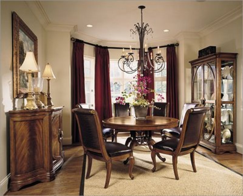 Country french dining room chairs home furniture design for Country dining room decor