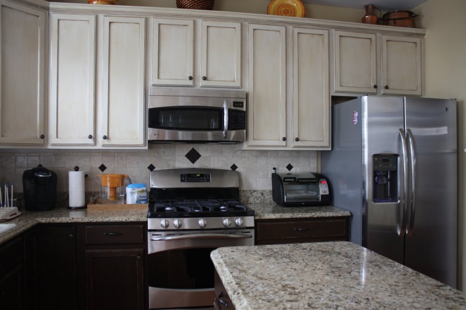 Kitchens with different colored cabinets 28 images two for Different kitchen designs