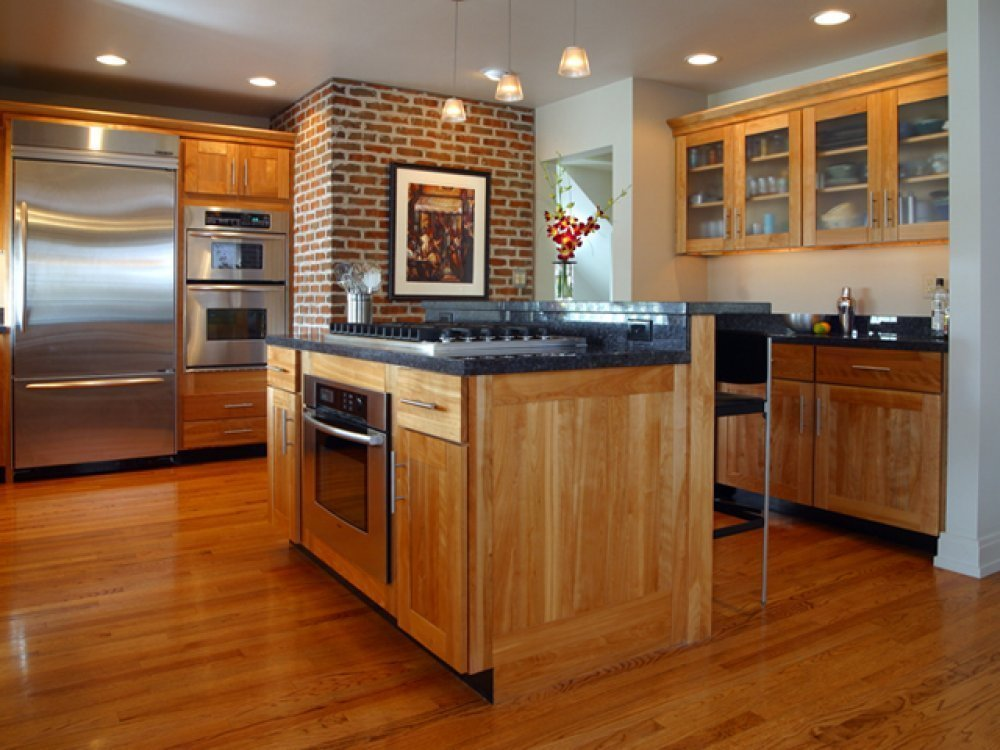 Honey colored kitchen cabinets home furniture design for Kitchen floor remodel ideas