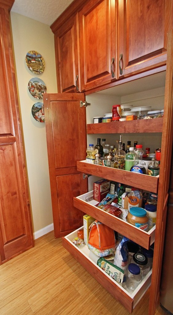 Kitchen pantry cabinet ikea home furniture design for Kitchen pantry cabinet plans