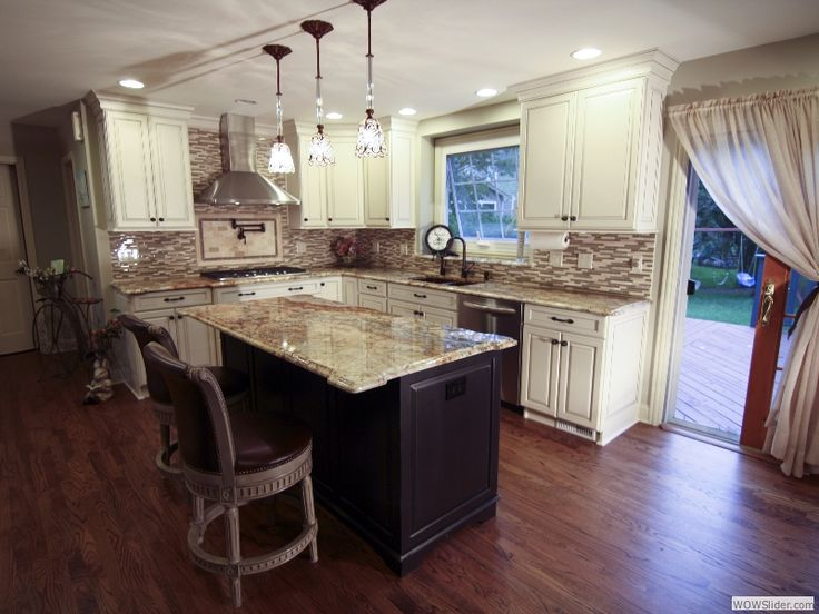 Kitchens with off white cabinets home furniture design - Pictures of off white kitchen cabinets ...