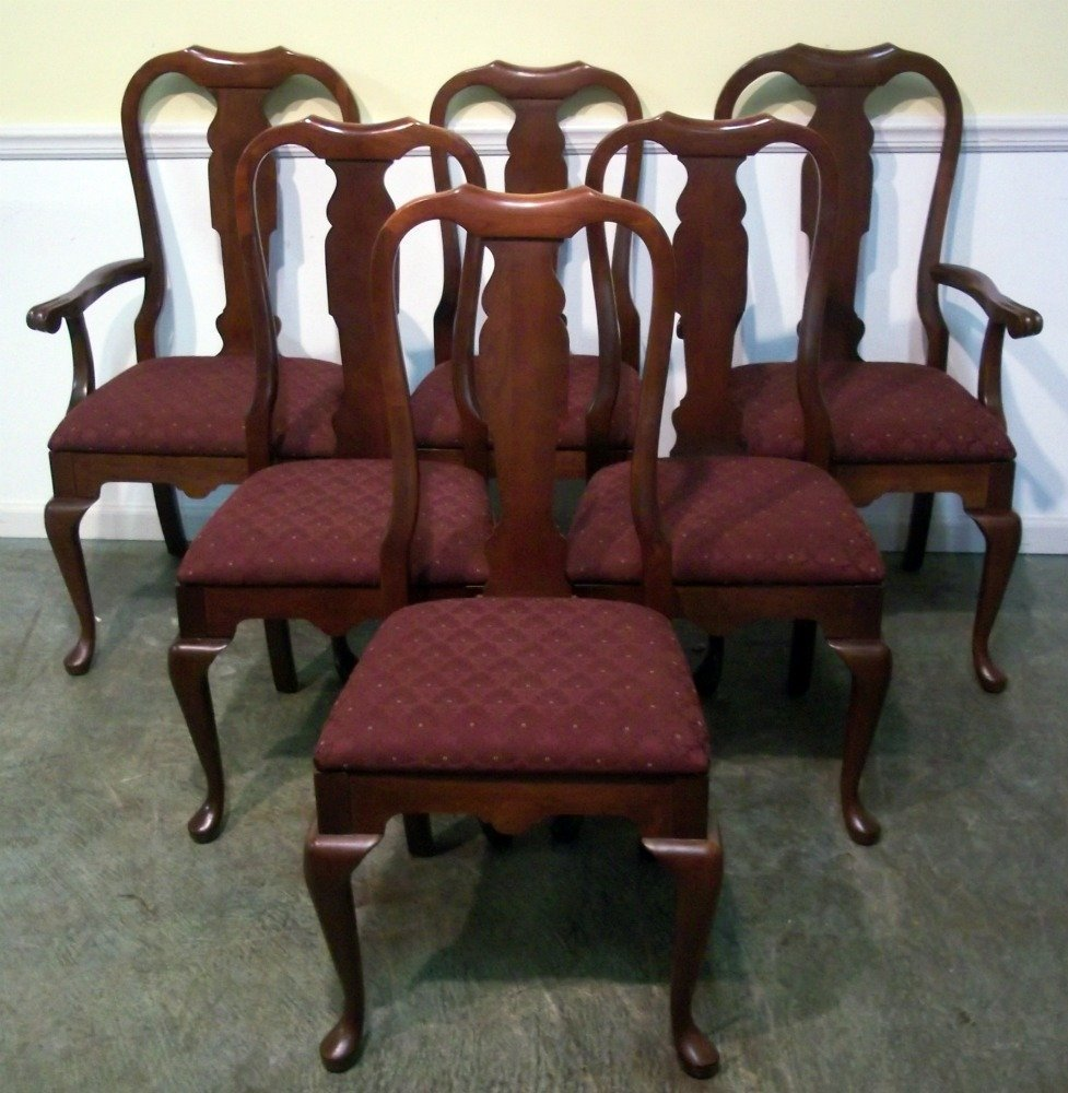 Used dining room chairs home furniture design for Dining room tables used
