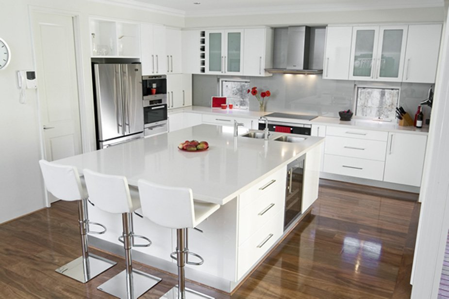 White kitchen cabinets with white countertops home for White on white kitchen ideas