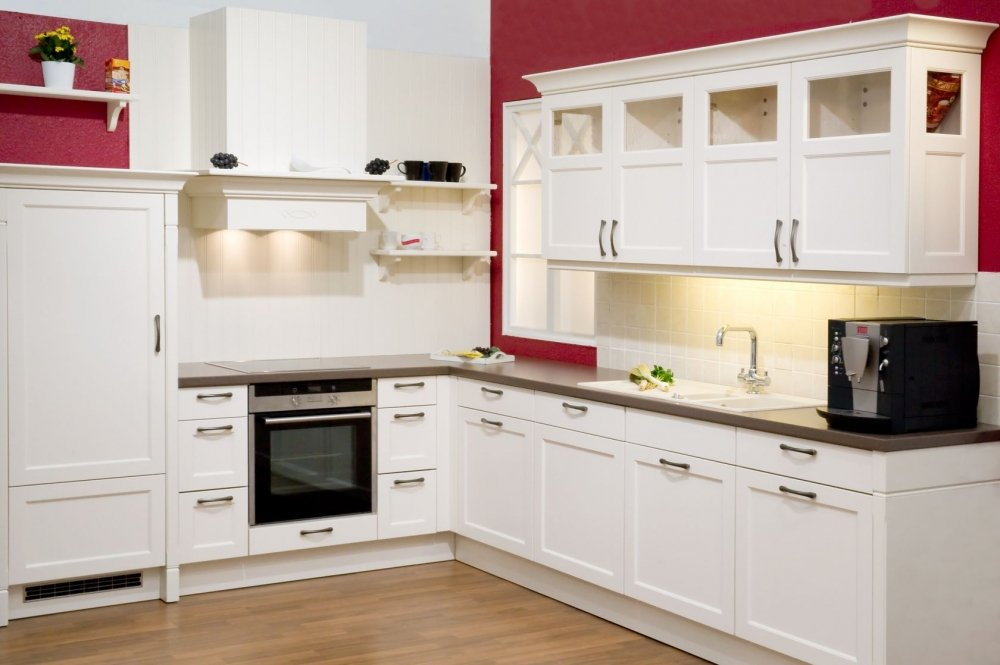 White kitchen wall cabinets home furniture design for Kitchen ideas white cabinets red walls