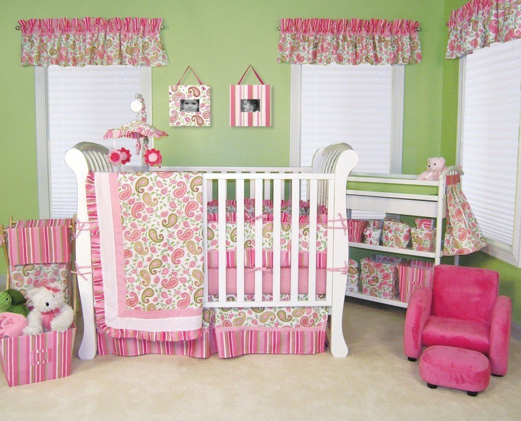 Baby bedding for a girl