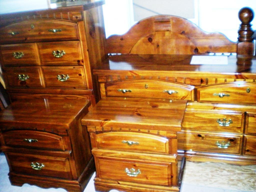 Used bedroom dressers home furniture design for Refurbished bedroom furniture