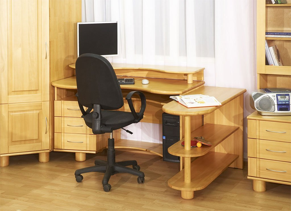 Bedroom desk perfect accommodation home furniture design for Bedroom desk ideas