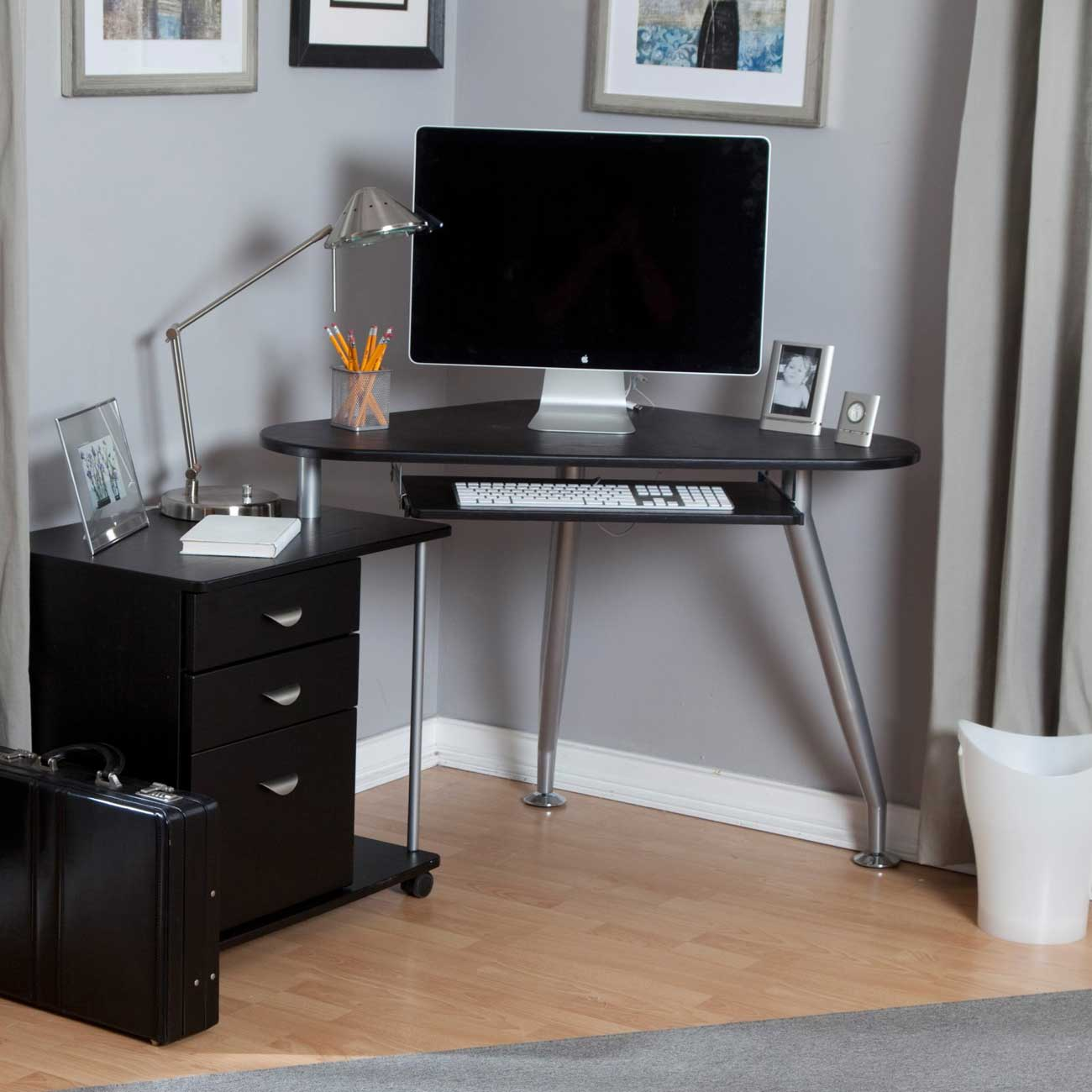 Small computer desk for bedroom home furniture design Small bedroom desk