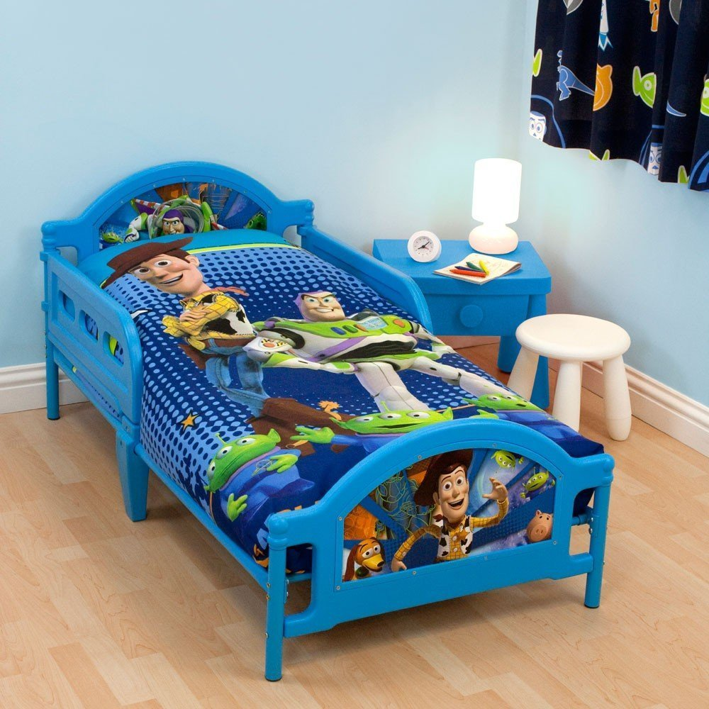 toy story toddler bed set home furniture design. Black Bedroom Furniture Sets. Home Design Ideas