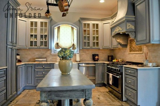 Can you use chalk paint on kitchen cabinets home for Can i paint kitchen cabinets with chalk paint