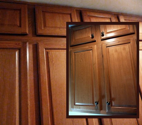 Installing cabinet handles home furniture design for Adding knobs to kitchen cabinets