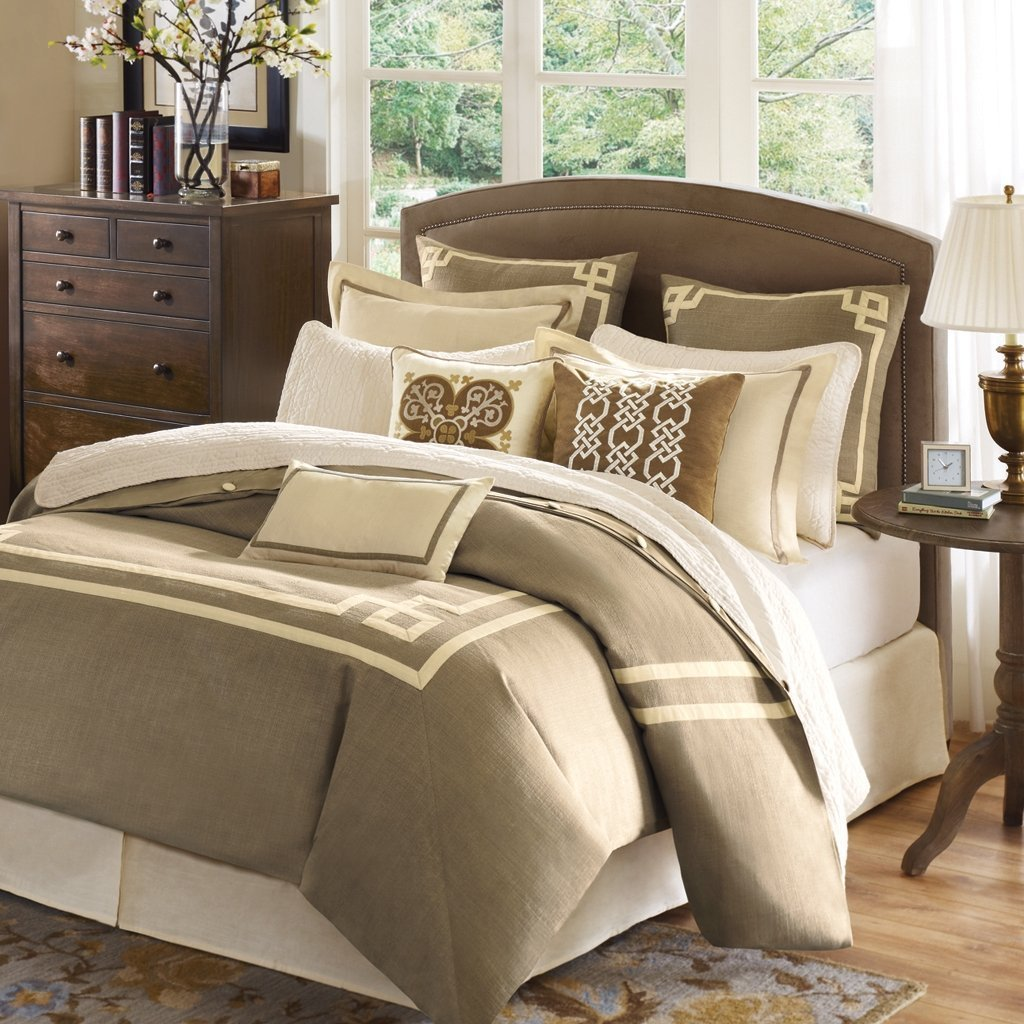 King size bedding sets the sense of comfort home for Home designs comforter