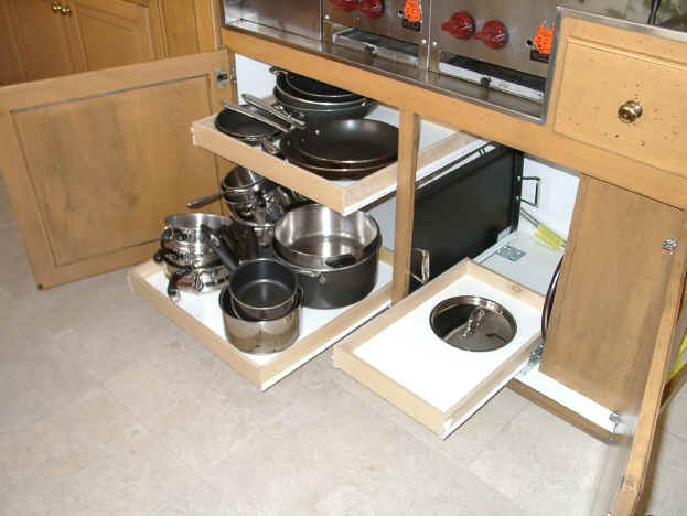 Kitchen cabinet pull out organizer home furniture design for Pull out drawers for kitchen cabinets