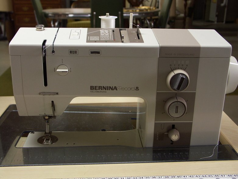 sewing machine cabinets for bernina