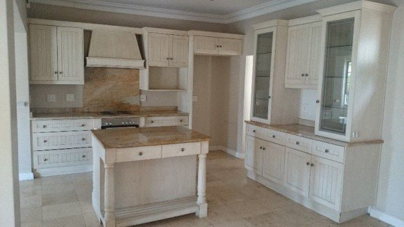 Used kitchen cabinets for sale by owner home furniture for Kitchen cupboards for sale