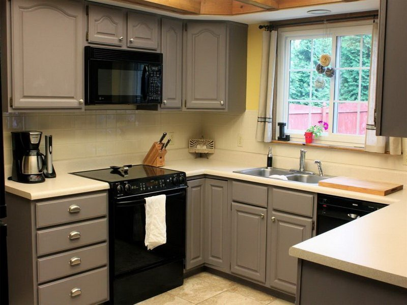 What Is The Best Paint To Use On Kitchen Cabinets