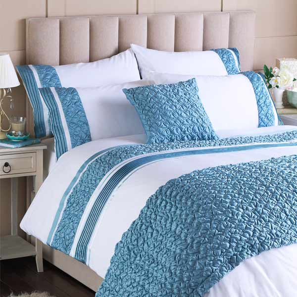 blue and white duvet cover home furniture design. Black Bedroom Furniture Sets. Home Design Ideas