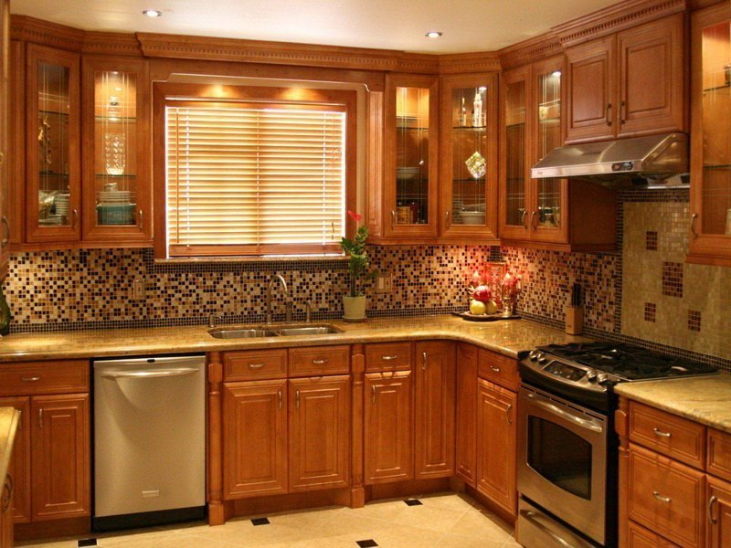 Oak kitchen cabinet doors home furniture design for Kitchen pictures with oak cabinets