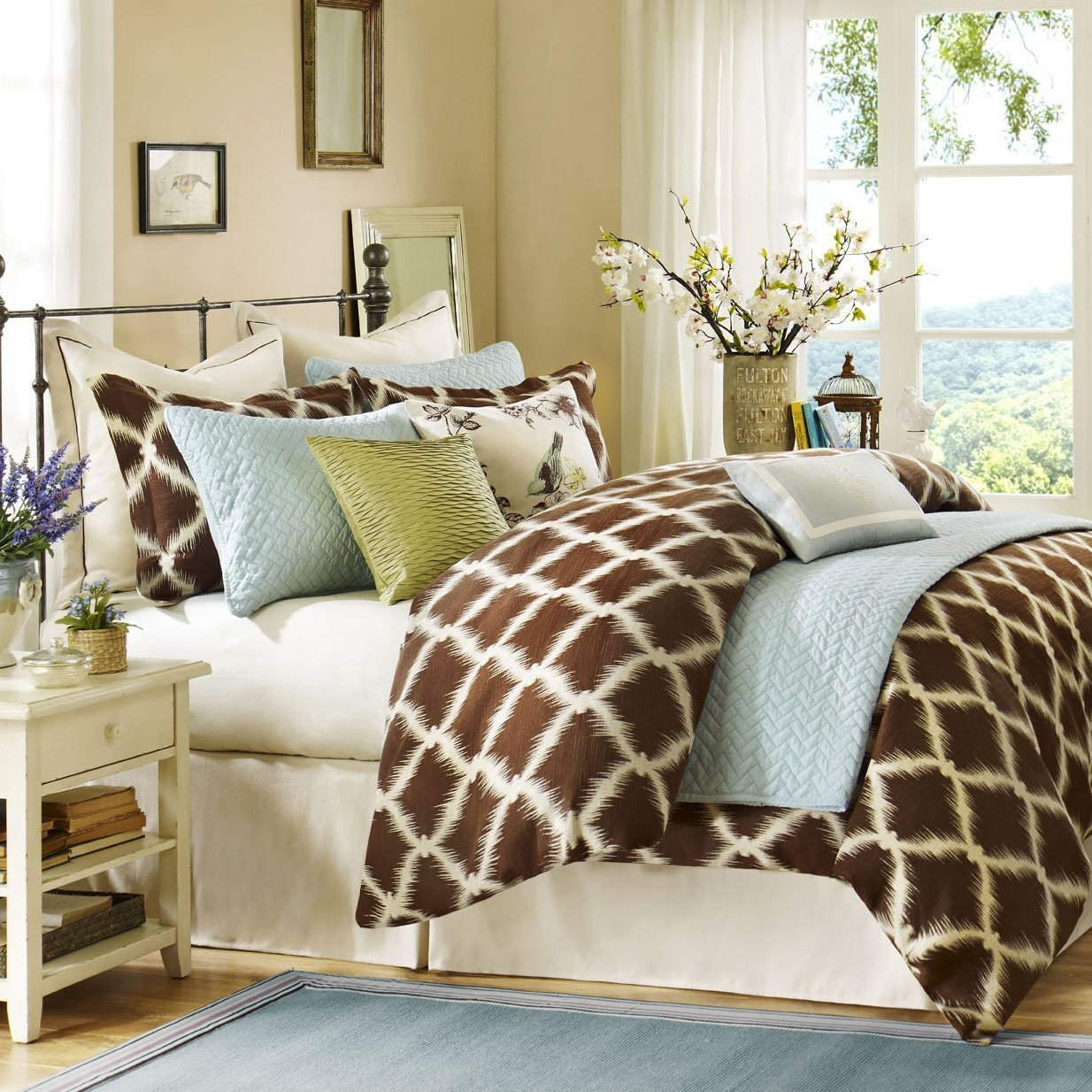 queen bedding sets feel like a queen home furniture design