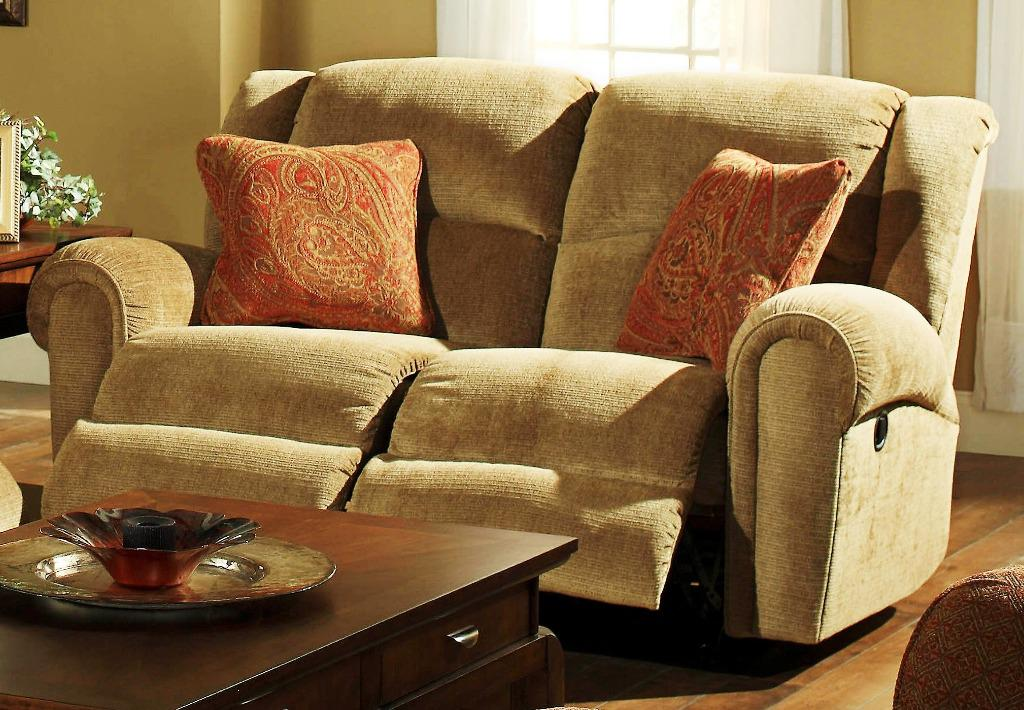 Slipcovers for reclining sofa and loveseat home for Couch und sofa