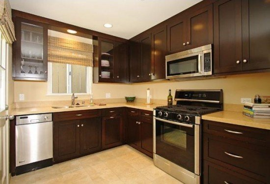 Small kitchen cabinet ideas home furniture design for Kitchen designs for small kitchen