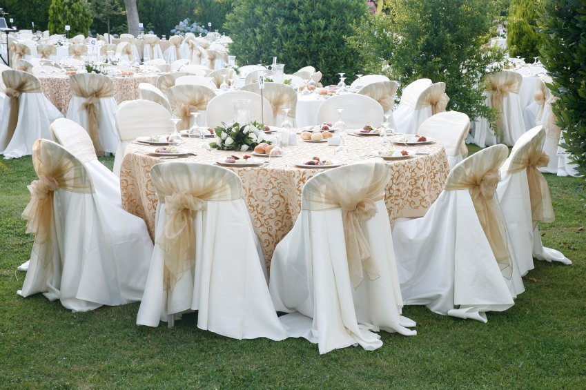 White wedding chair covers home furniture design for Decorating chairs for wedding reception