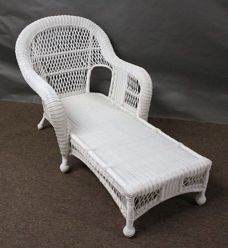wicker chaise lounge cushions home furniture design. Black Bedroom Furniture Sets. Home Design Ideas