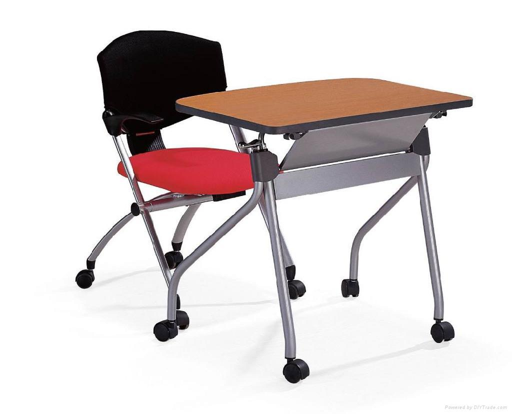 How To Select A Student Desk