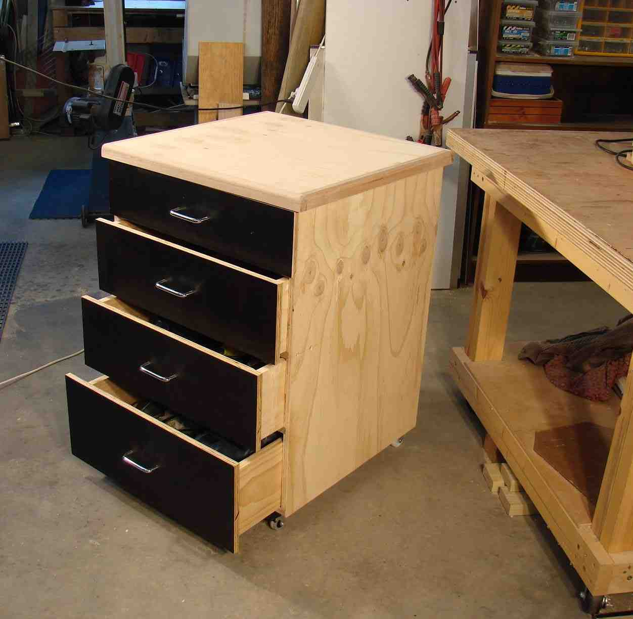 Plywood garage cabinets home furniture design for Plywood cupboard