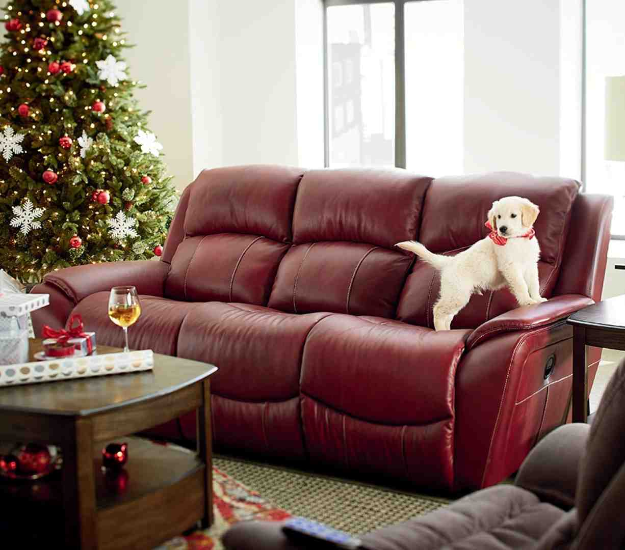 Transform your living room and bedroom with La-Z-Boy's comfortable home furniture. Shop for sofas, couches, recliners, chairs, tables, and more today.