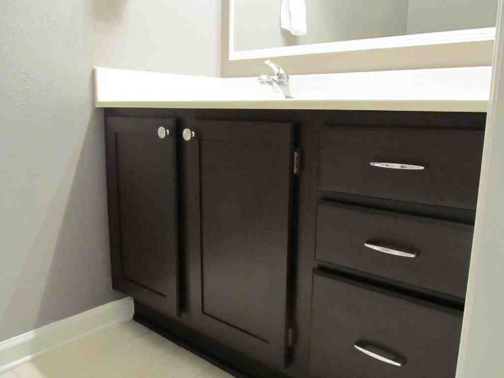 bathroom cabinet painting ideas