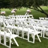 White Folding Chairs Uses And Different Ways To Use Them