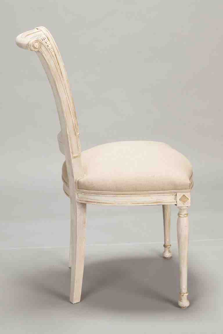 Antique white dining chairs home furniture design for White chair design