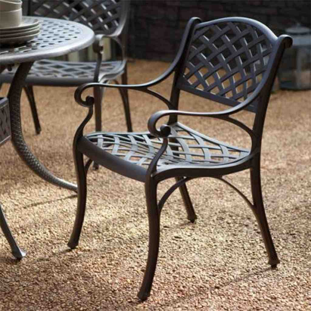 Black wrought iron dining chairs home furniture design for Wrought iron cafe chairs