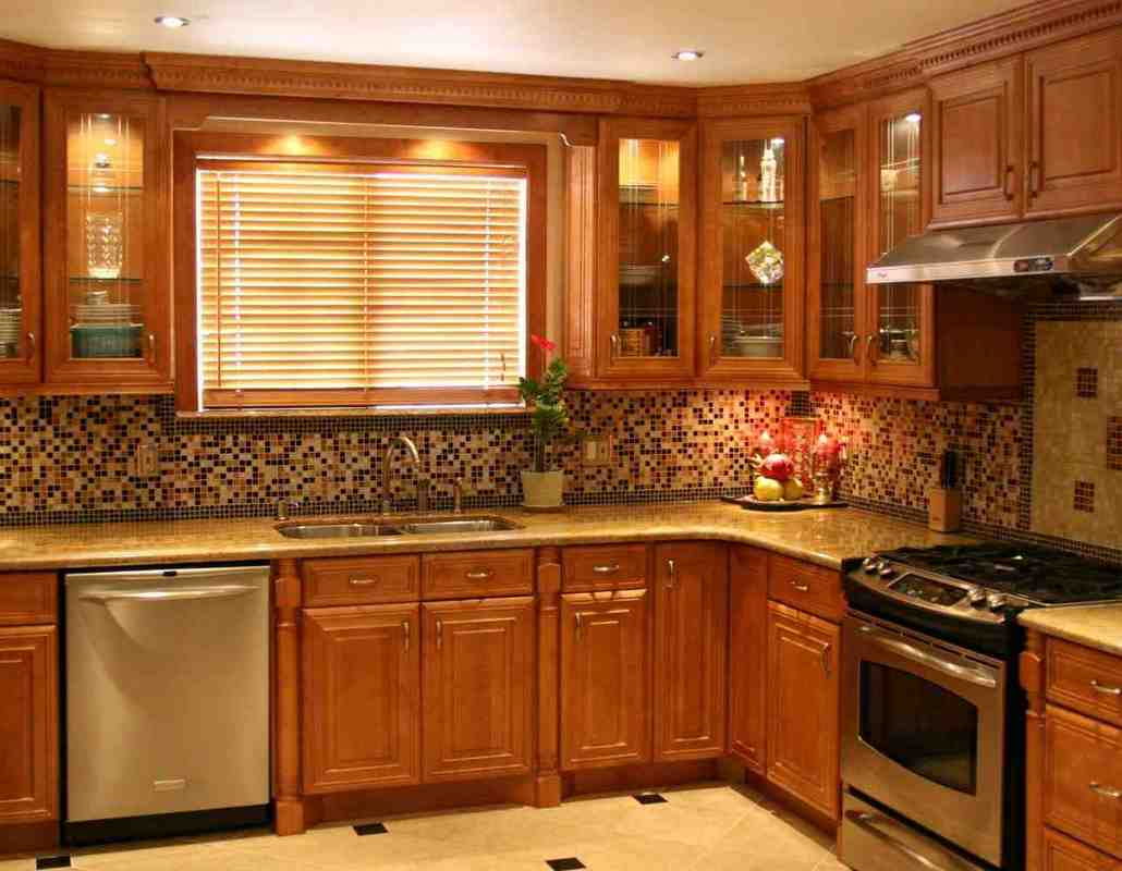 Paint Colors for Kitchens with Maple Cabinets - Home ...