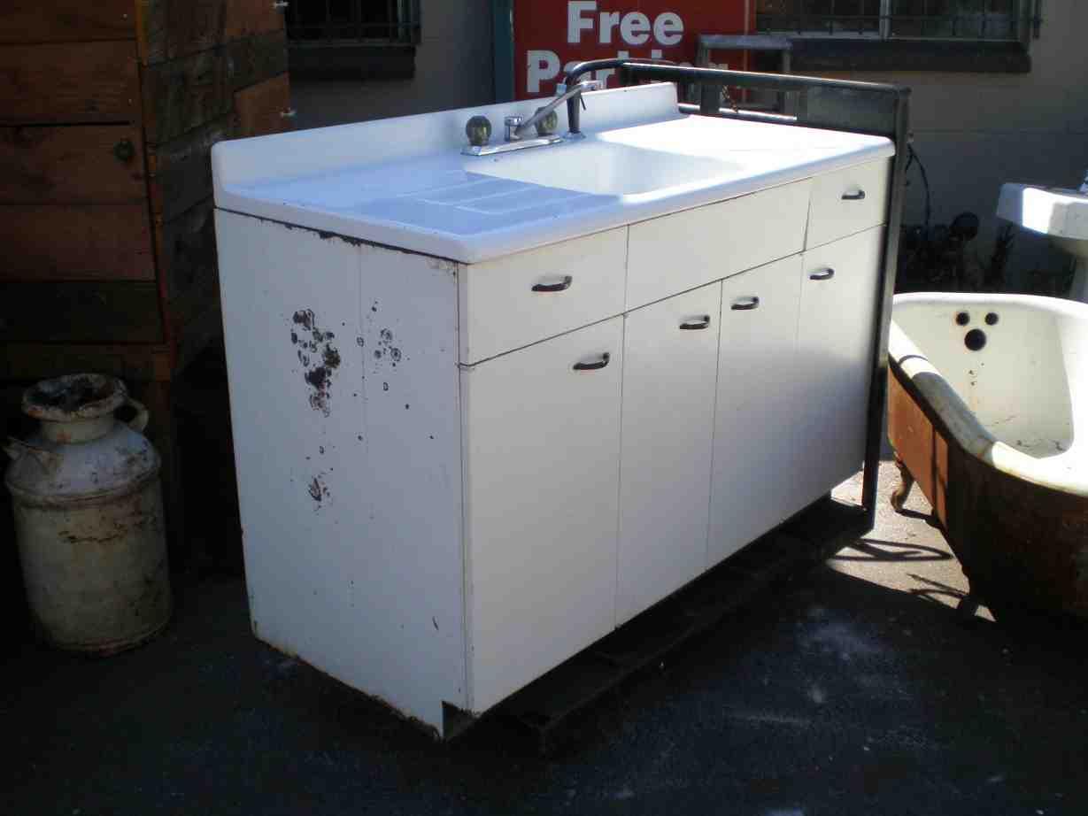 White kitchen base cabinets home furniture design for White kitchen base units