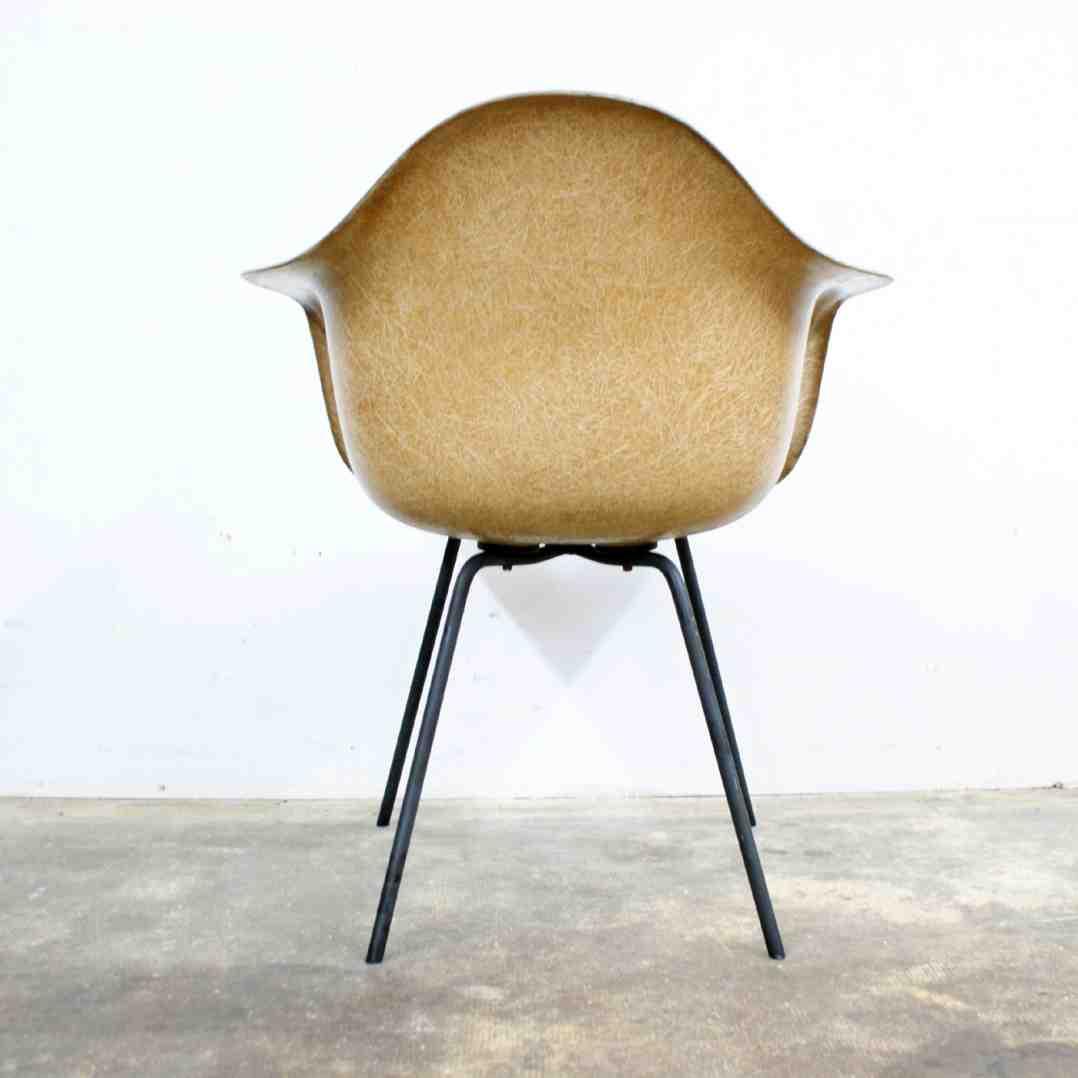 eames chair base home furniture design. Black Bedroom Furniture Sets. Home Design Ideas