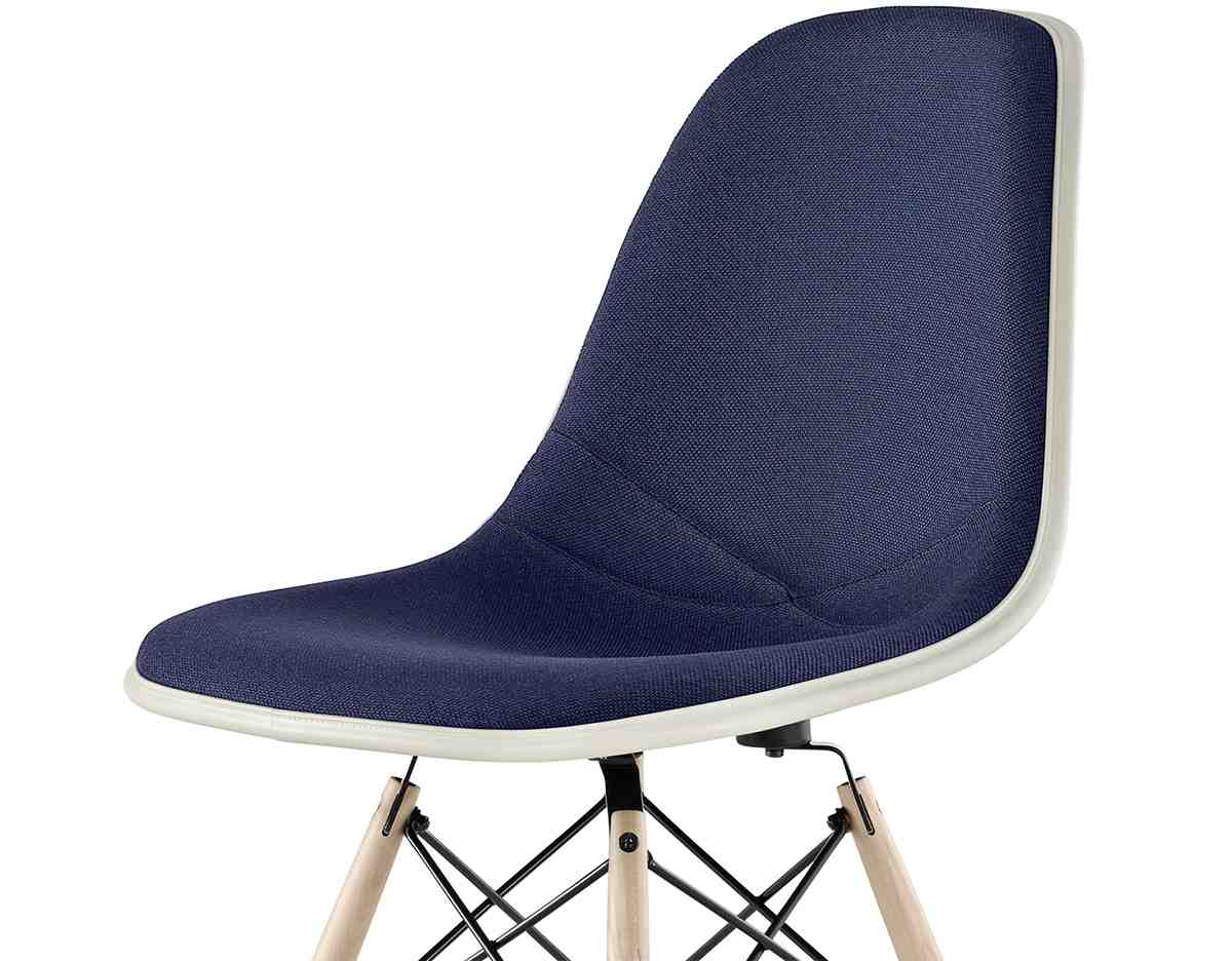 herman miller eames side chair home furniture design. Black Bedroom Furniture Sets. Home Design Ideas
