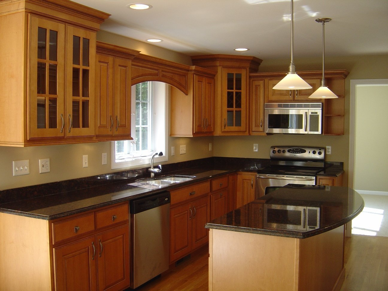 Kitchen Cabinet Colors for Small Kitchens - Home Furniture ...