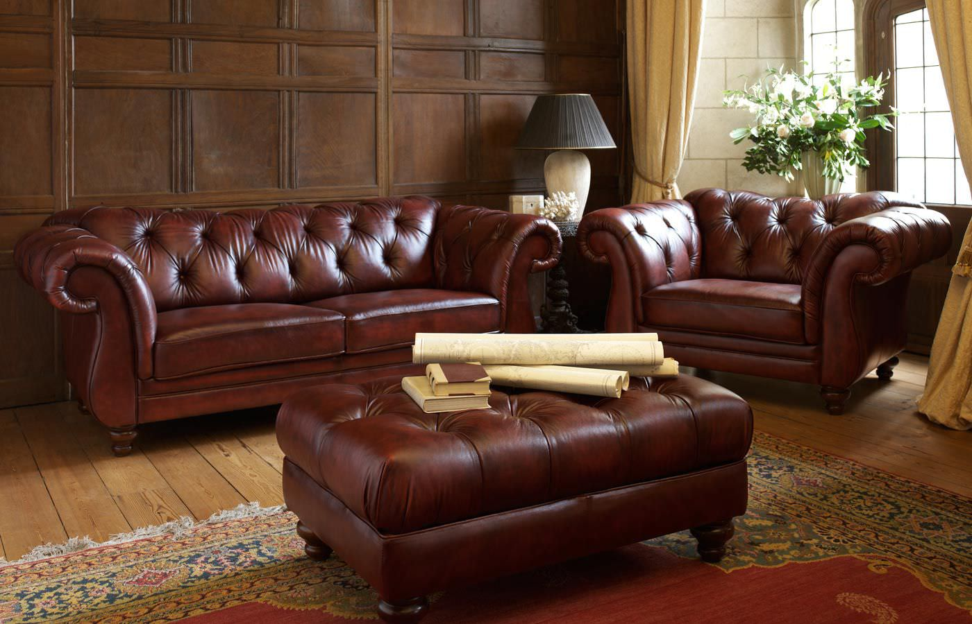 Chesterfield Sofa Bespoken Classical Aura