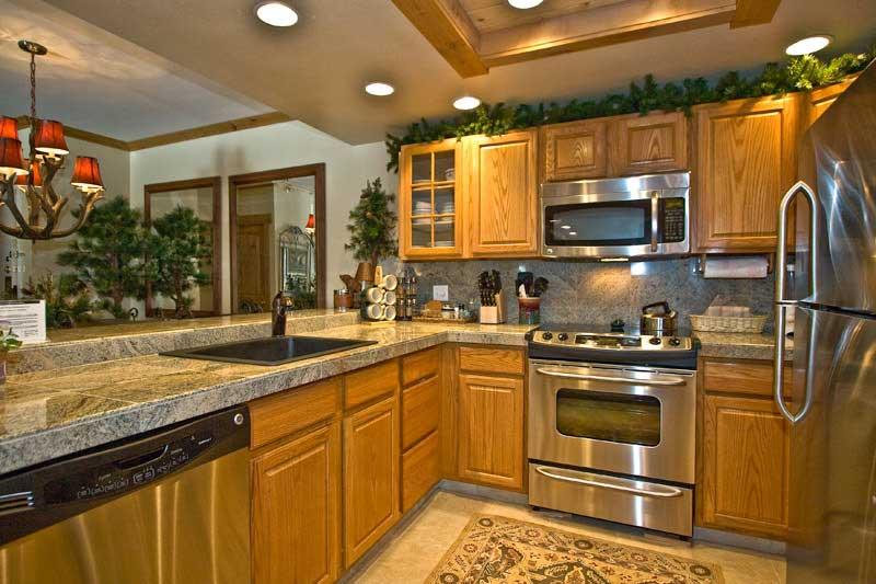 pictures of kitchens with oak cabinets  home furniture design