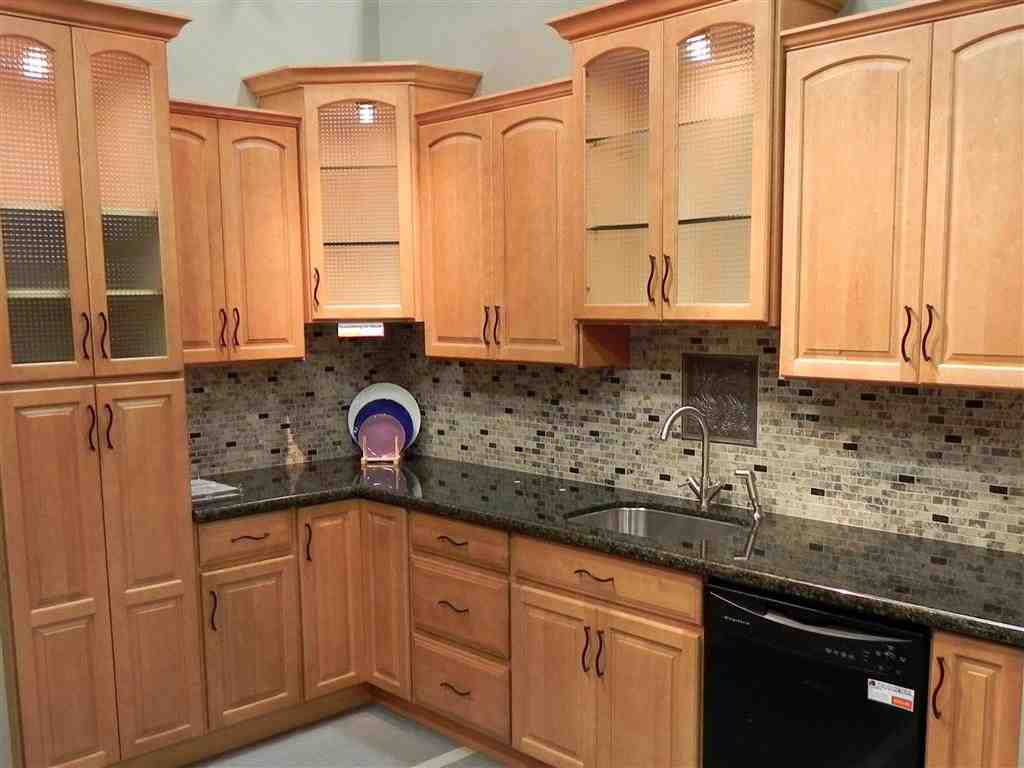 Maple Cabinets: Choose for an Outstanding Wood Kitchen ... on Maple Cabinet Kitchen Ideas  id=62861
